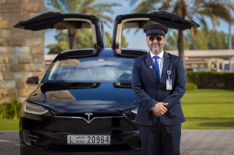 Now Rent a Car in Dubai by the Minute   Futuretripexperience
