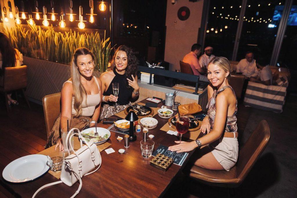 Friday evening brunch dubai